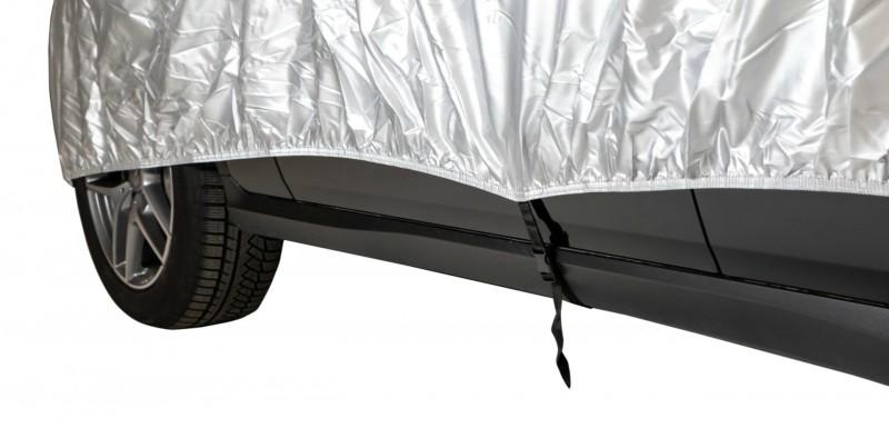 Cerada za auto zaštitit će ga od smole, ptičjeg izmeta i ostalih prirodnih nepogoda